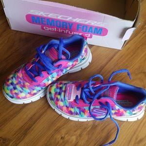 Skechers memory foam gel infused girls shoes 12.5